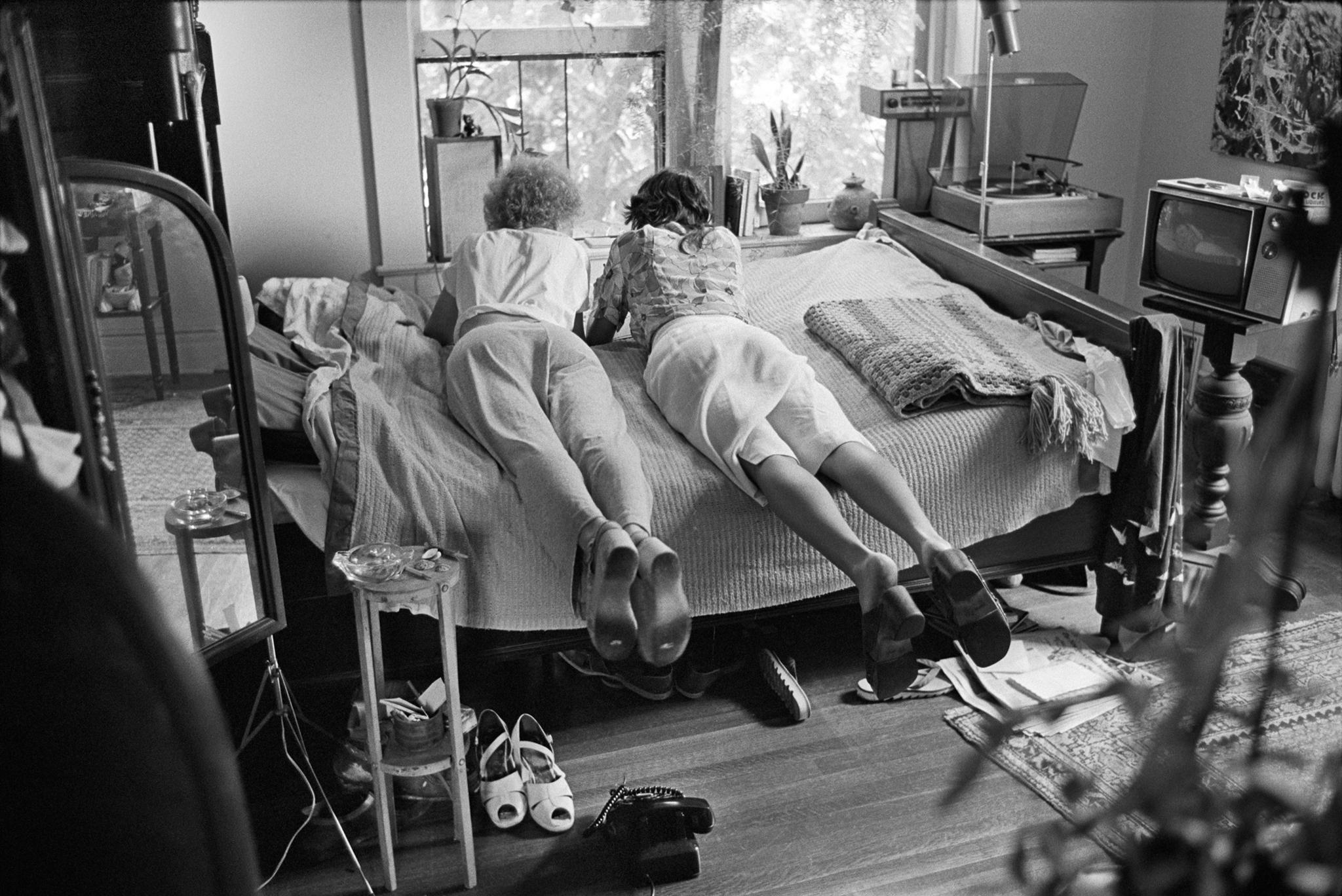 70s3_25. Ricki and Ramona, New Haven CT, 1977